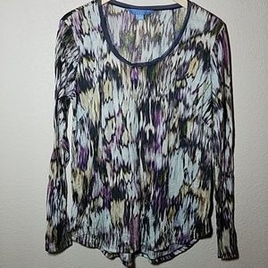 Simply Vera Vera Wang long sleeve scoop top. Large